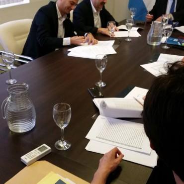 03/12 - Acuerdo por las tierras del PEA