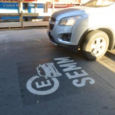 Estacionamiento medido: cuestionan a la Municipalidad de Córdoba por un convenio para el desarrollo de la nueva app